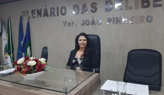 Vereadora Presidente da Câmara Municipal de Salto do Céu faz proposições em prol do município